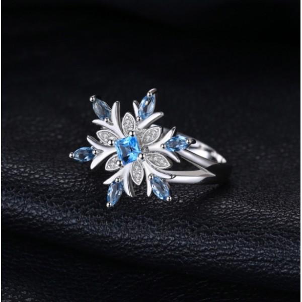 """Кольцо """"Снежинка"""" с голубым топазом и цирконием, 2405"""