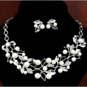 Свадебный комплект с жемчугом. Ожерелье, серьги, С5761