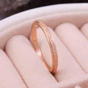 Женское кольцо матовое, золотистое, С6345