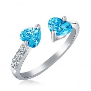 """Женское кольцо с камнем """"Сердца"""", голубое, С8785"""