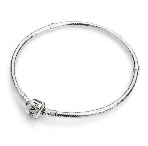из чего сделаны браслеты пандора Silvers